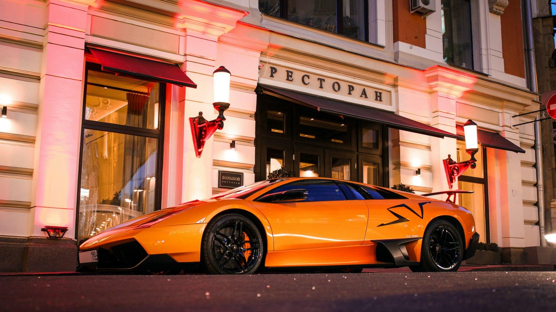 Авентадор фото на улице в москве
