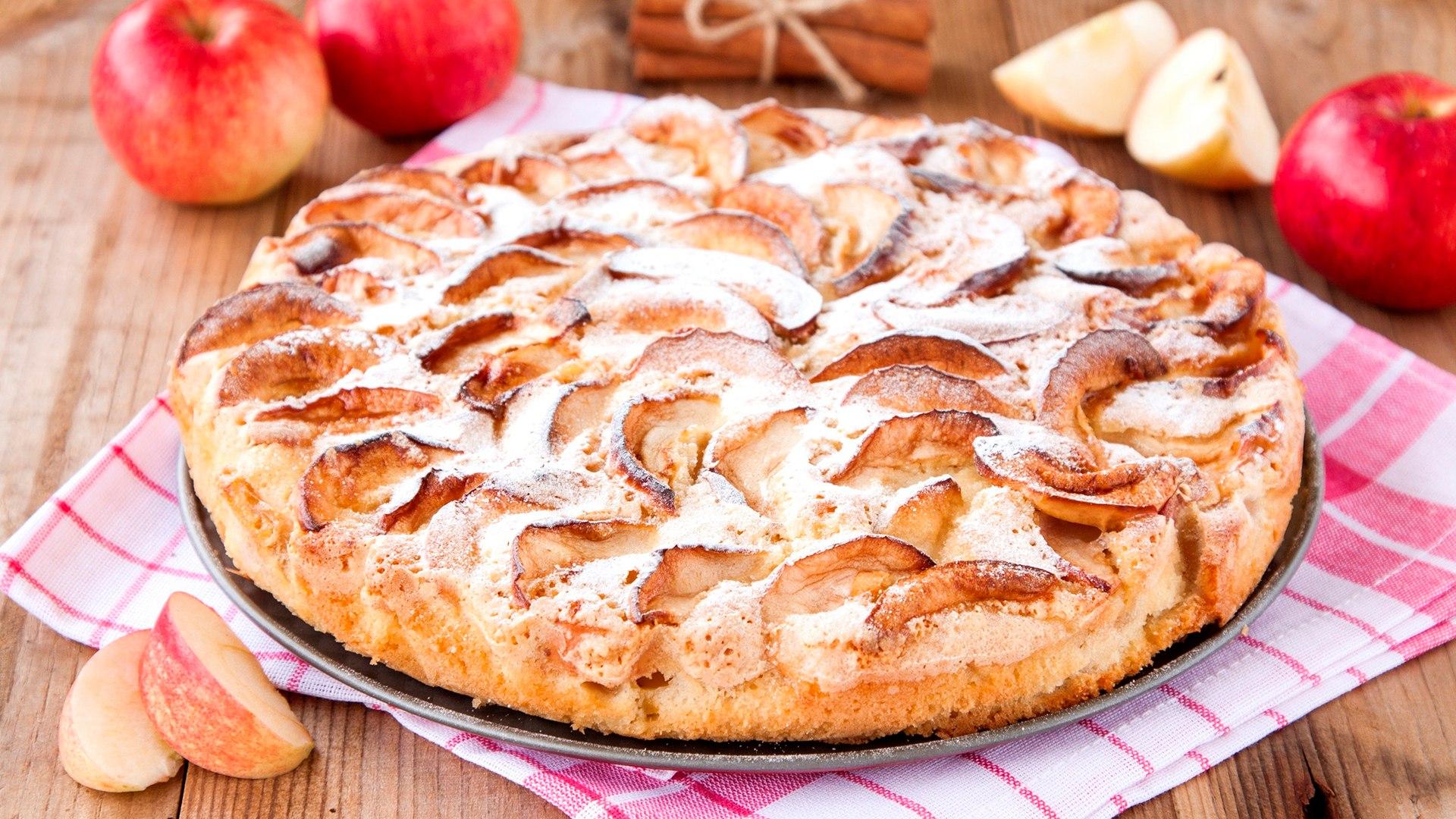 Шарлотка с яблоками в духовке: 6 рецептов пышной шарлотки 54